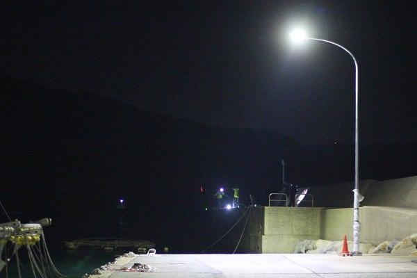 福の浦漁港の常夜灯